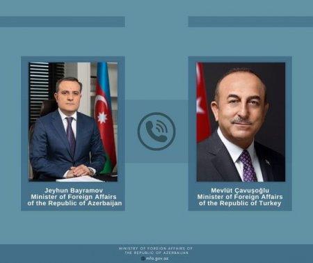 Ceyhun Bayramov Mevlüt Çavuşoğlu ilə telefonla danışıb