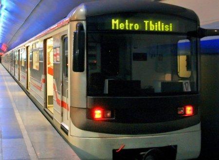 Tbilisi metrosu kollaps təhlükəsi ilə üzləşib