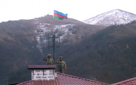 Azərbaycan bayrağı işğaldan azad olunan Kəlbəcərdə-VIDEO
