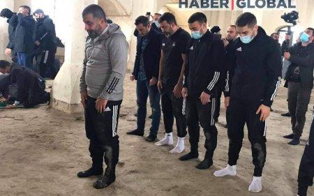 """""""Qarabağ""""ın futbolçuları Ağdamdakı Cümə məscidində namaz qılıb"""