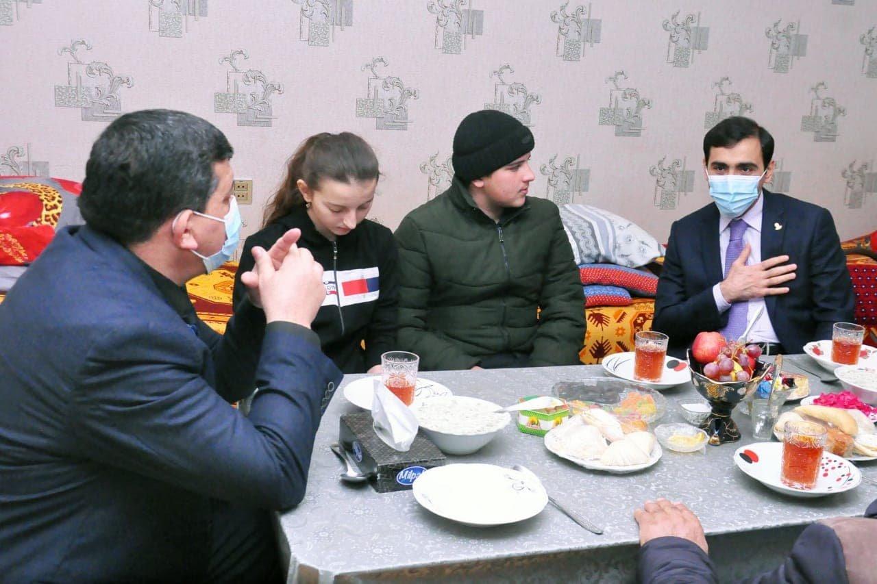 Millət vəkili Goranboyda şəhid ailələrini ziyarət etdi – FOTO