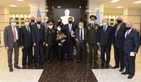 Hikmət Hacıyev Respublika Veteranlar Təşkilatının Rəyasət Heyətinin iclasında iştirak edib - FOTO