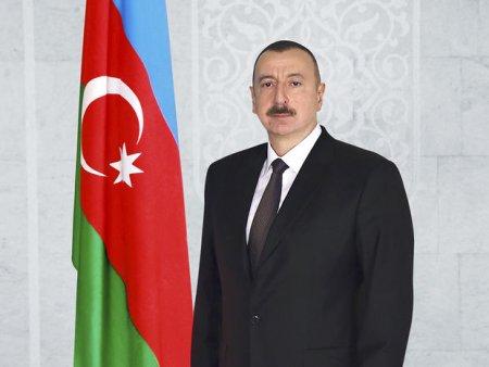 Prezident Albert Mustafayevi təltif etdi - SƏRƏNCAM