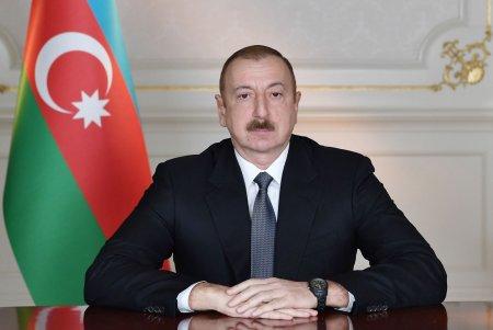 İncəsənət xadimlərinə Azərbaycan Prezidentinin mükafatları verilib