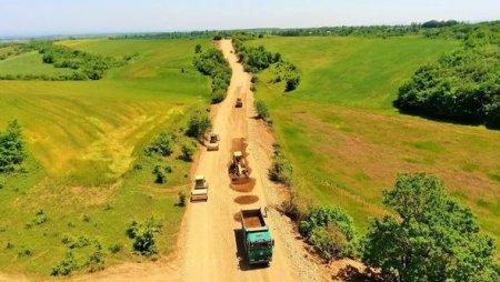 Dörd yaşayış məntəqəsinin yolu yenidən qurulur - FOTO