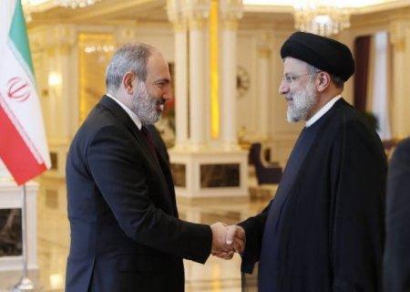 İran Prezidenti Paşinyanla görüşdü
