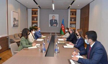 Ceyhun Bayramov Dünya Bankının meneceri ilə görüşüb